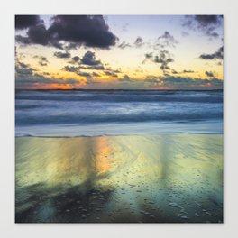 Sea storm approaches Canvas Print