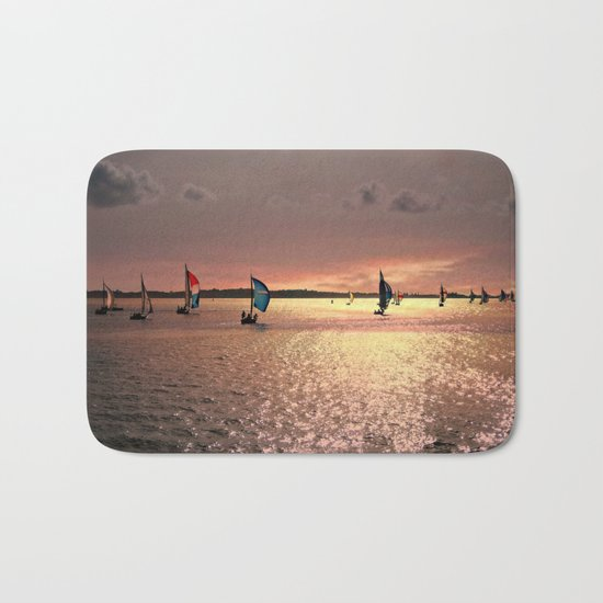 Sunset Sail In Bermuda Bath Mat