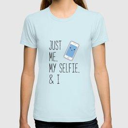 Just Me, My Selfie, and I Kawaii Cartoon Phone T-shirt