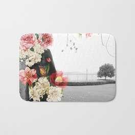 Poppy and Memory IV Bath Mat