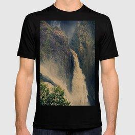 Barron Falls in retro style T-shirt