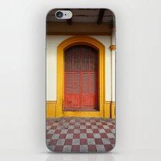 cache-cache iPhone Skin