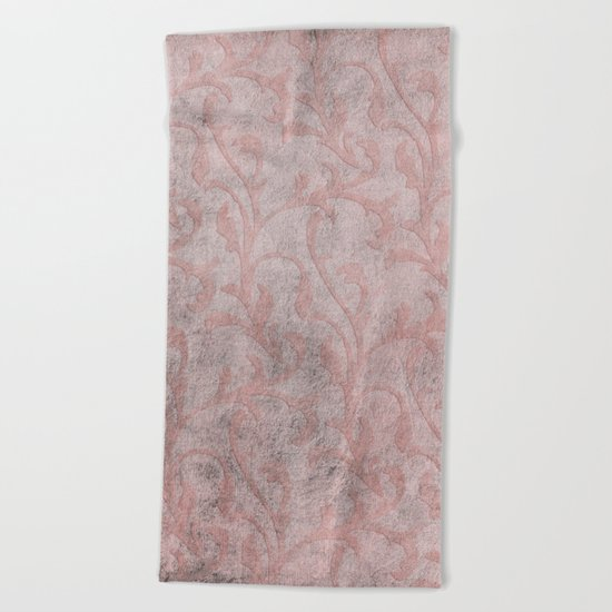 Dirty princess - Elegant Damask pattern with grunge effect Beach Towel