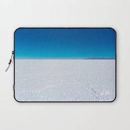 Salt Flats, Salar de Uyuni, Bolivia Laptop Sleeve