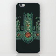 The Crown of Cthulhu iPhone & iPod Skin