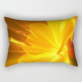 Gelbe Lilie Rectangular Pillow