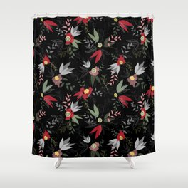 Disintegrated red and pink poppy flowers seamless vector pattern Shower Curtain