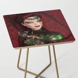 Chica Alienigena Side Table