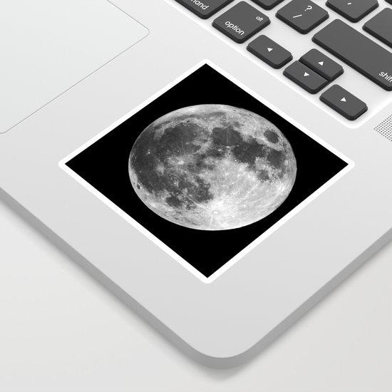 moon by hunterofwoods