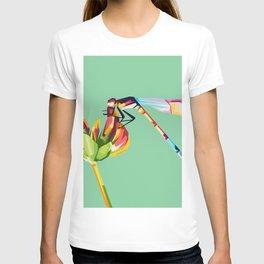 Pop art dragonfly design T-shirt