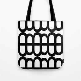 B Pattern Tote Bag