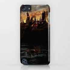 Harry Potter - Hogwart's Burning iPod touch Slim Case