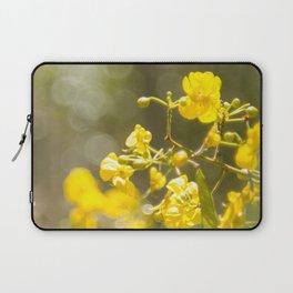 Popcorn Flower Bokeh Delight Laptop Sleeve