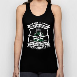 Hunter Uniform Women Wild Animals Forest Weapons Design Unisex Tank Top