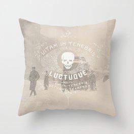 Vitam In Tenebris Luctuque Throw Pillow
