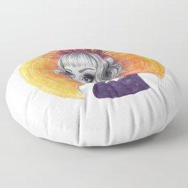 Queen Ray Floor Pillow