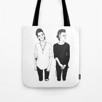 matty healy Tote Bags featuring Matty by girlwiththetea
