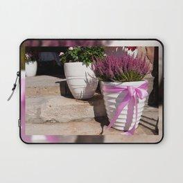 Blooming Calluna vulgaris or heather Laptop Sleeve