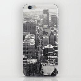Montréal in November (3 of 11) iPhone Skin