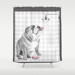 Bulldog taking a shower Duschvorhang