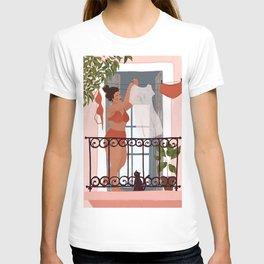 Laundry girl T-shirt