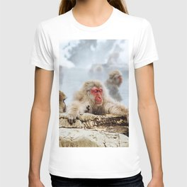 The Japanese macaque also known as the snow monkey T-shirt