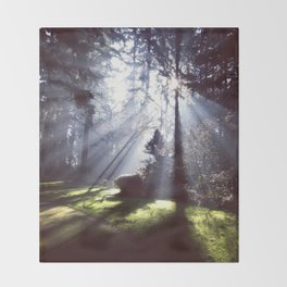 Sun Beams Throw Blanket