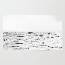 WHITE - SEA - WAVES - WATER - WHALE - NATURE - ANIMAL - PHOTOGRAPHY Rug