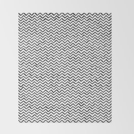 Black and white Hand-drawn ZigZag Pattern Throw Blanket