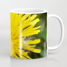 Bees tongue Mug