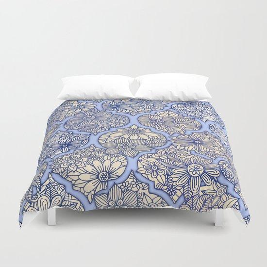 Moroccan Floral Lattice Arrangement - Purple Duvet Cover