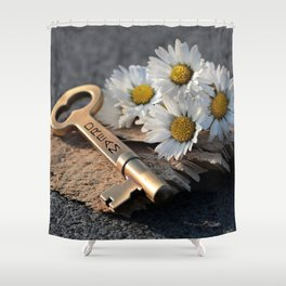 Dream Key | Clé de rêve Shower Curtain