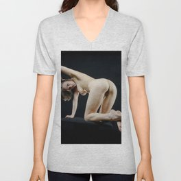 8288s-KMA Nude Art Model on Knees Looking Back Feet Crossed Arm Up Unisex V-Neck