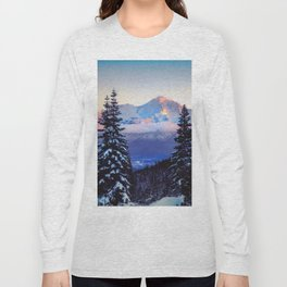 A Glimpse of Mt. Shasta City Long Sleeve T-shirt