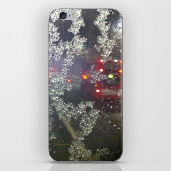 Snow in London iPhone & iPod Skin