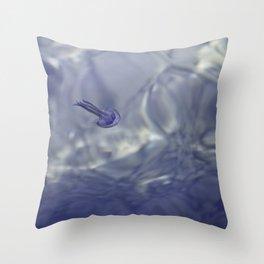 /jellyfish. Throw Pillow