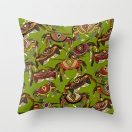 crabs lime Throw Pillow