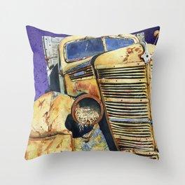 Old Yeller Throw Pillow