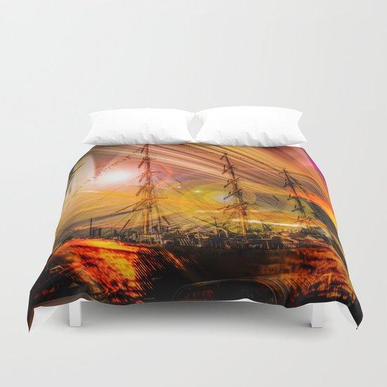 Sailing ships sunset Duvet Cover