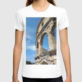 pula croatia ancient arena amphitheatre high T-shirt
