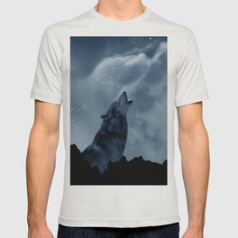 Wolf howling at full moon T-shirt