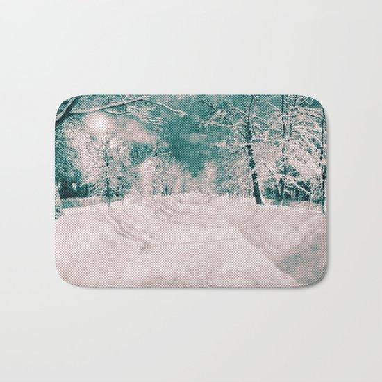 Winter wonderland. Halftone effect Bath Mat