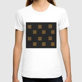 GOLD EIFFEL WEIMARANER 2 T-shirt