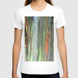 Eucalyptus Tree Honolulu Hawaii  T-shirt