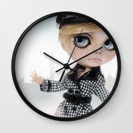 Erregiro Blythe Custom Doll Twiggy in London Wall Clock
