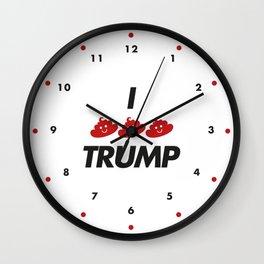I CACA TRUMP Wall Clock