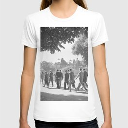 Studenten in de Jardin du Luxembourg, Bestanddeelnr 254 2137 T-shirt