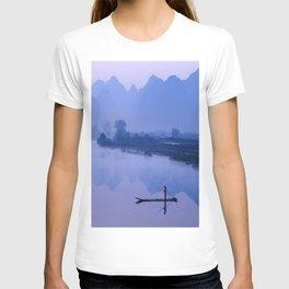 LI RIVER AT DAWN-GUILIN CHINA T-shirt