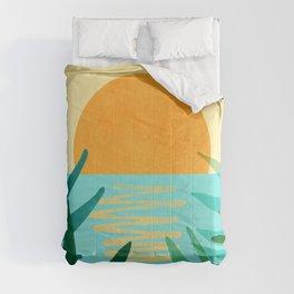 Tropical Ocean View / Landscape Illustration Comforters