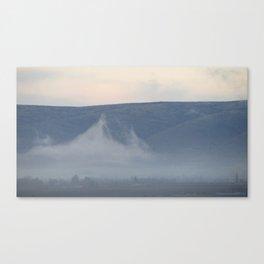 mist in yakima valley Canvas Print